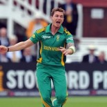Top 10 Best Bowlers in the World – 2013