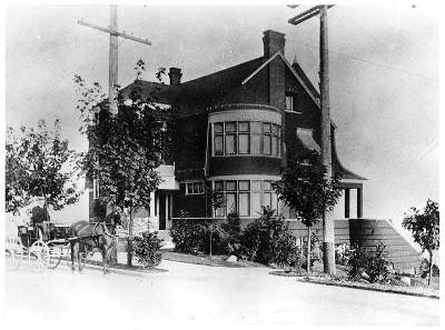 Riddle House