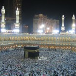 Top 10 Biggest Mosques in the World